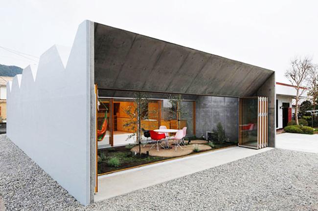 rumah seman plus kaca